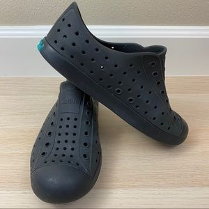 Black Native Shoes J1